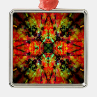 Red kaleidoscope star pattern metal ornament