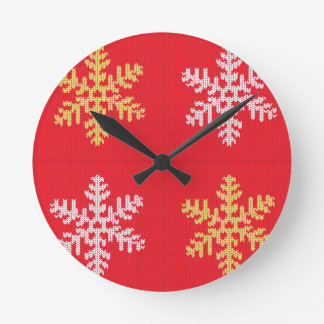 Red Knitted Snowflake Round Clock