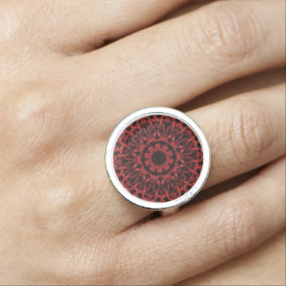 Red Leaf Pattern 5 Ring