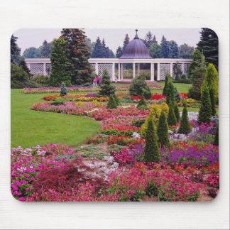 Red Niagara Parks Botanical Garden, Niagara Falls Mouse Pad