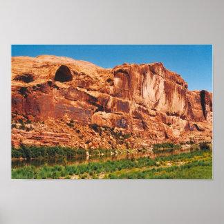 Red rock mountains in Utah Poster