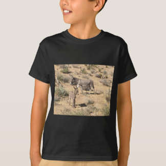 Red rock state park nv donkey T-Shirt