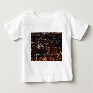 red rocks on the mountain glory baby T-Shirt