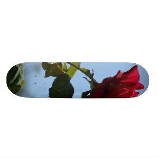 RED ROSE 2 SKATEBOARD