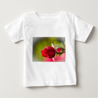 Red rose close up design baby T-Shirt