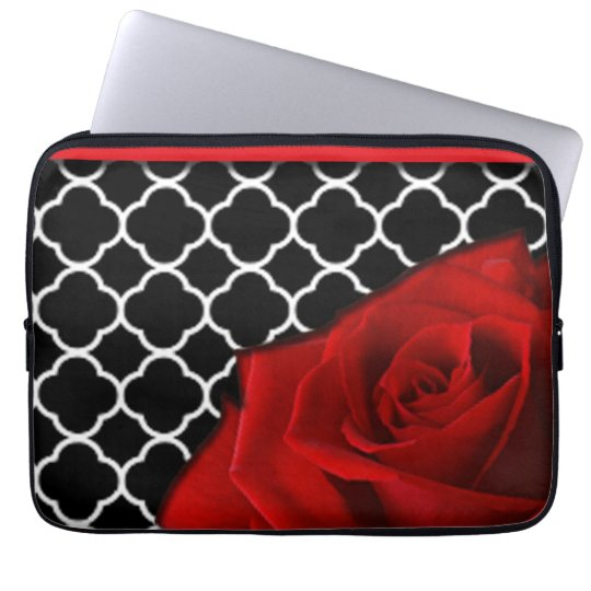 Red Rose & Quatrefoil Pattern Laptop Sleeve