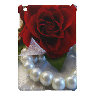Red Roses and Pearls iPad Mini Covers