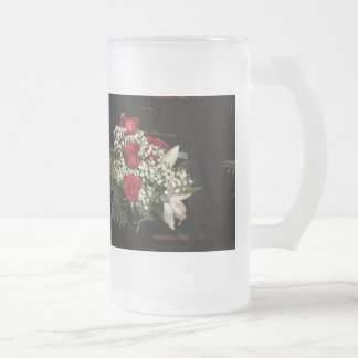 Red roses frosted glass beer mug
