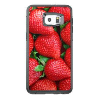 Red Strawberries Pattern Design