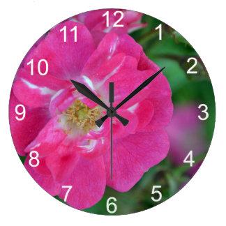 Red Thomas Rose Clock