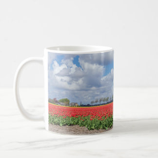 Red tulip fields mug