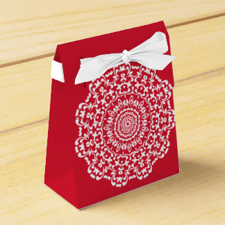 Red White Elegant Lace Pattern Personalized Favor Box