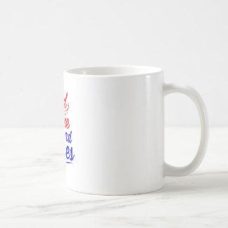 RED WINE AND BLUES COFFEE MUG