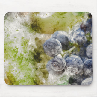Red Wine Grapes in the Vineyard Mouse Pad