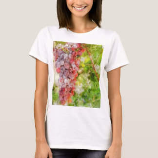 Red Wine Grapes on the Vine T-Shirt