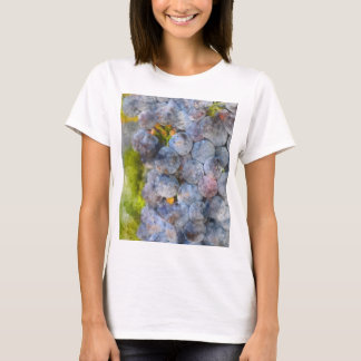 Red Wine Grapes on Vine T-Shirt
