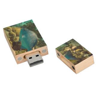 Reef Fish Wood USB 2.0 Flash Drive