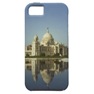 Reflection of a Museum iPhone 5 Cases