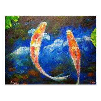 Réflexions de nuage de poissons de Koi Carte Postale