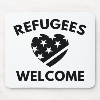 Refugees Welcome Mouse Pad