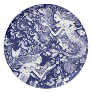 Regal Seahorse, with Mermaids and Bubbes Plates