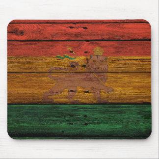 reggae lion crest on wood texture mouse pad