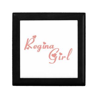 Regina Girl Gift Box