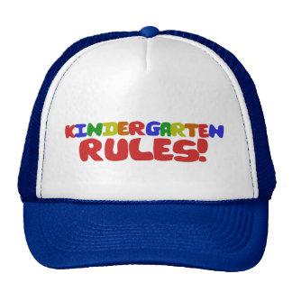 Règles de jardin d'enfants casquettes de camionneur