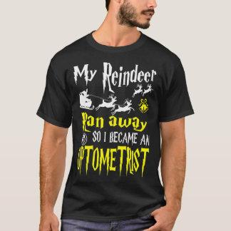 Reindeer Ran Away I Optometrist Tshirt