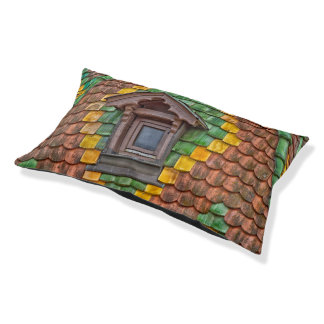 Remarkable roofing in the center of Obernai Pet Bed