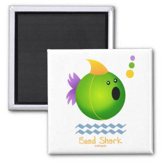 Requin de perle de mardi gras (vert) aimant