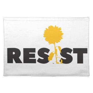 resist flower placemat