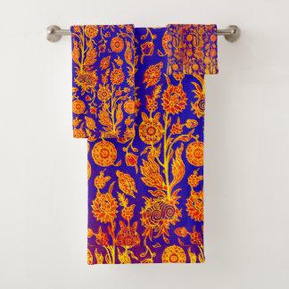 Resplendent Floral Red Blue Pattern Towel Set