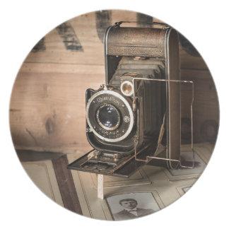 Retro Camera Plate