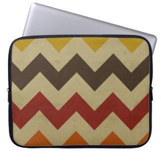 Retro chevron zigzag stripes zig zag pattern chic laptop sleeve