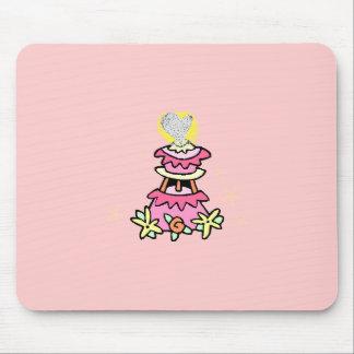 Rétro couronne d'or de gâteau de mariage tapis de souris