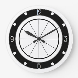 Retro Diner-Style kitchen clock (black and white)