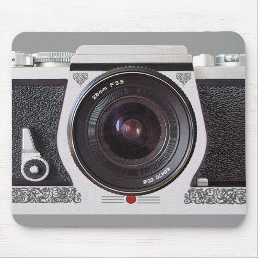 Rétro effet de l'appareil-photo 80s sur un tapis d tapis de souris