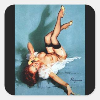 Rétro fille vintage de pin-up de téléphone de Gil Sticker Carré