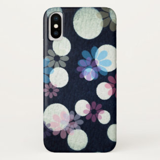 Retro flowers and spots on textured black iPhone x case
