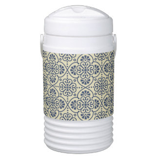 Retro geometric floral ornamental pattern cooler