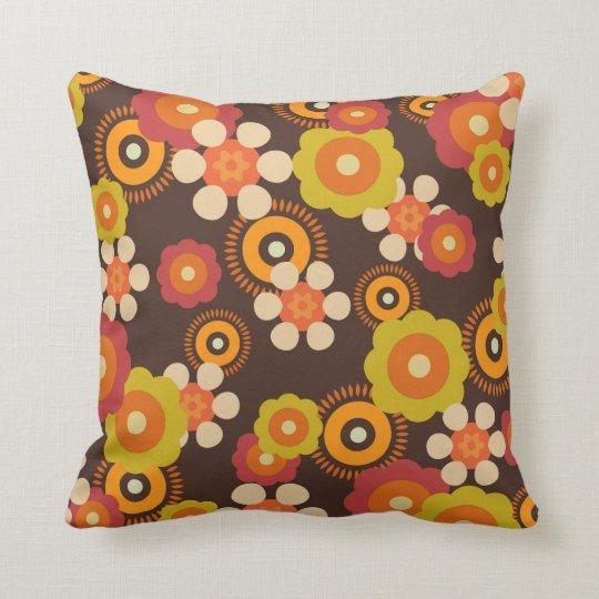 Retro geometric floral pillow