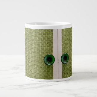 Retro green doors large coffee mug