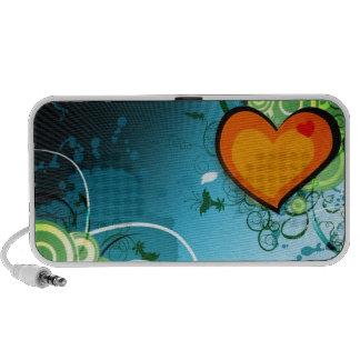 Retro Heart Travelling Speaker
