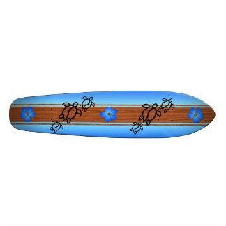 Retro Honu Surfboard Skateboard Deck
