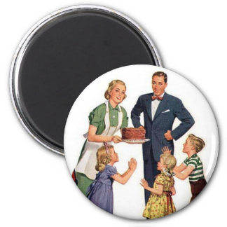Retro Housewife & Family Magnet
