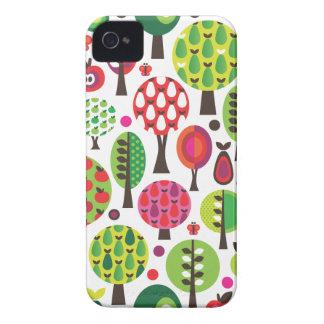 Rétro mûre de motif de papillon de pomme de fleur coques iPhone 4
