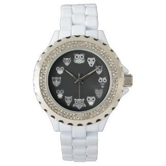 Retro Owl in Black & White Watch