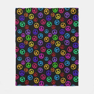 Retro Peace Sign Pattern Fleece Blanket