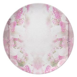 Retro pink plate